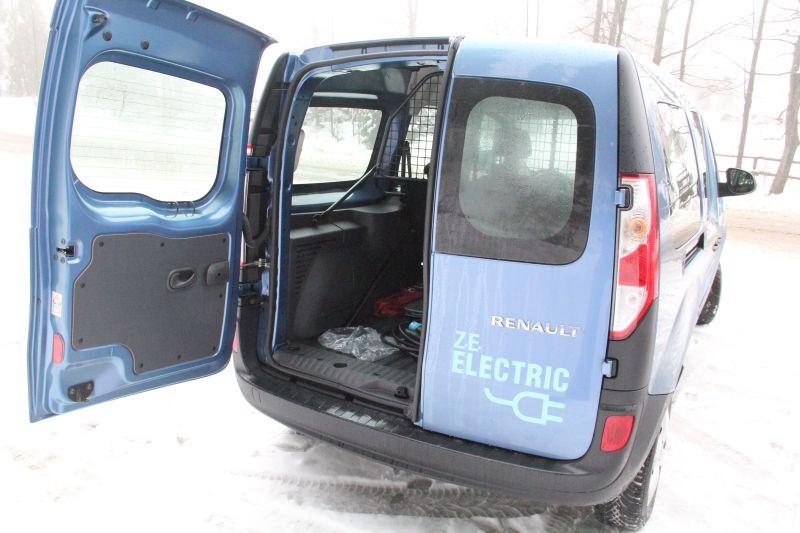 test małej furgonetki na prąd